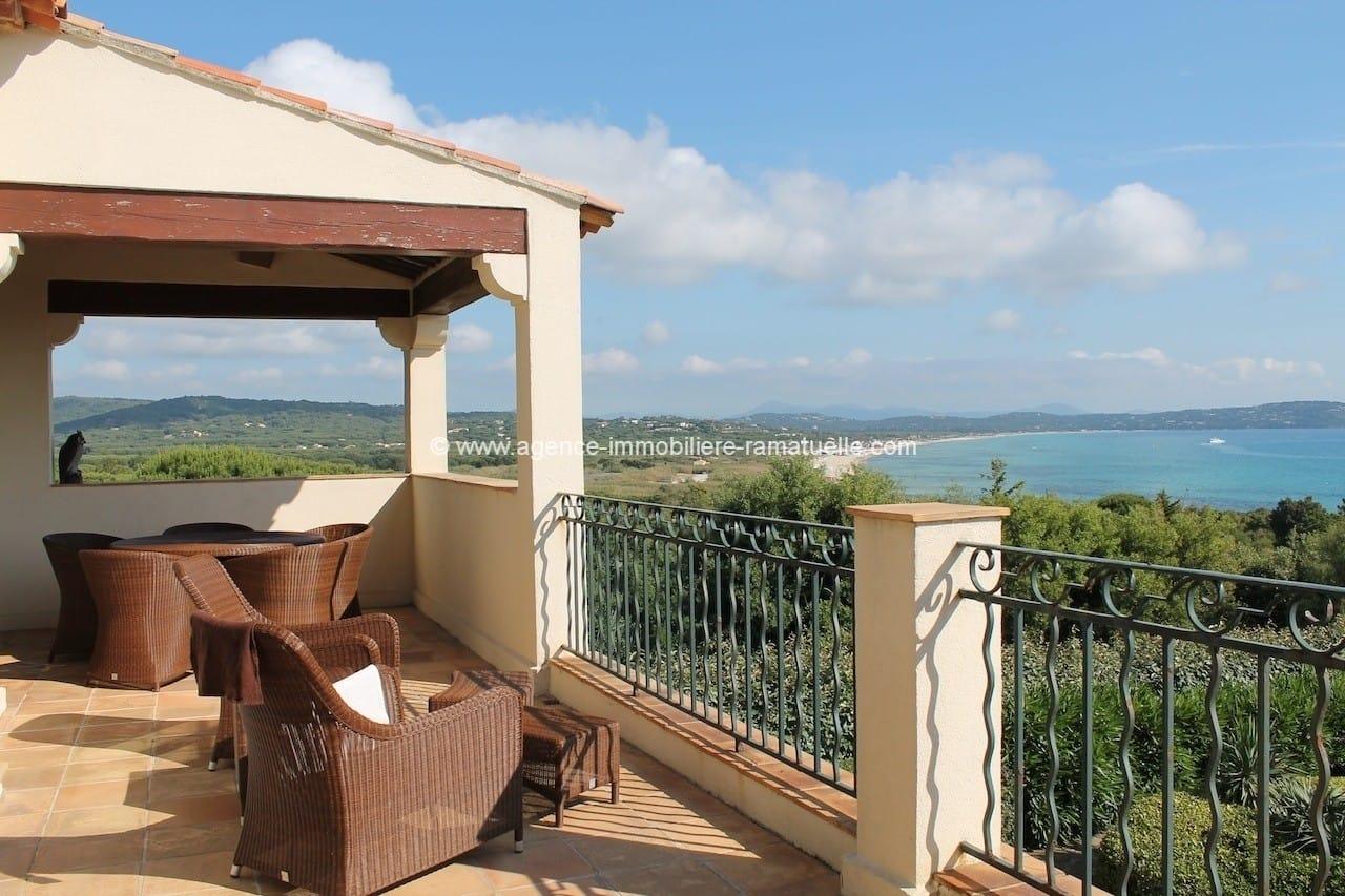 Superbe appartement –  Domaine de la Bonne Terrasse – vue mer, Ramatuelle