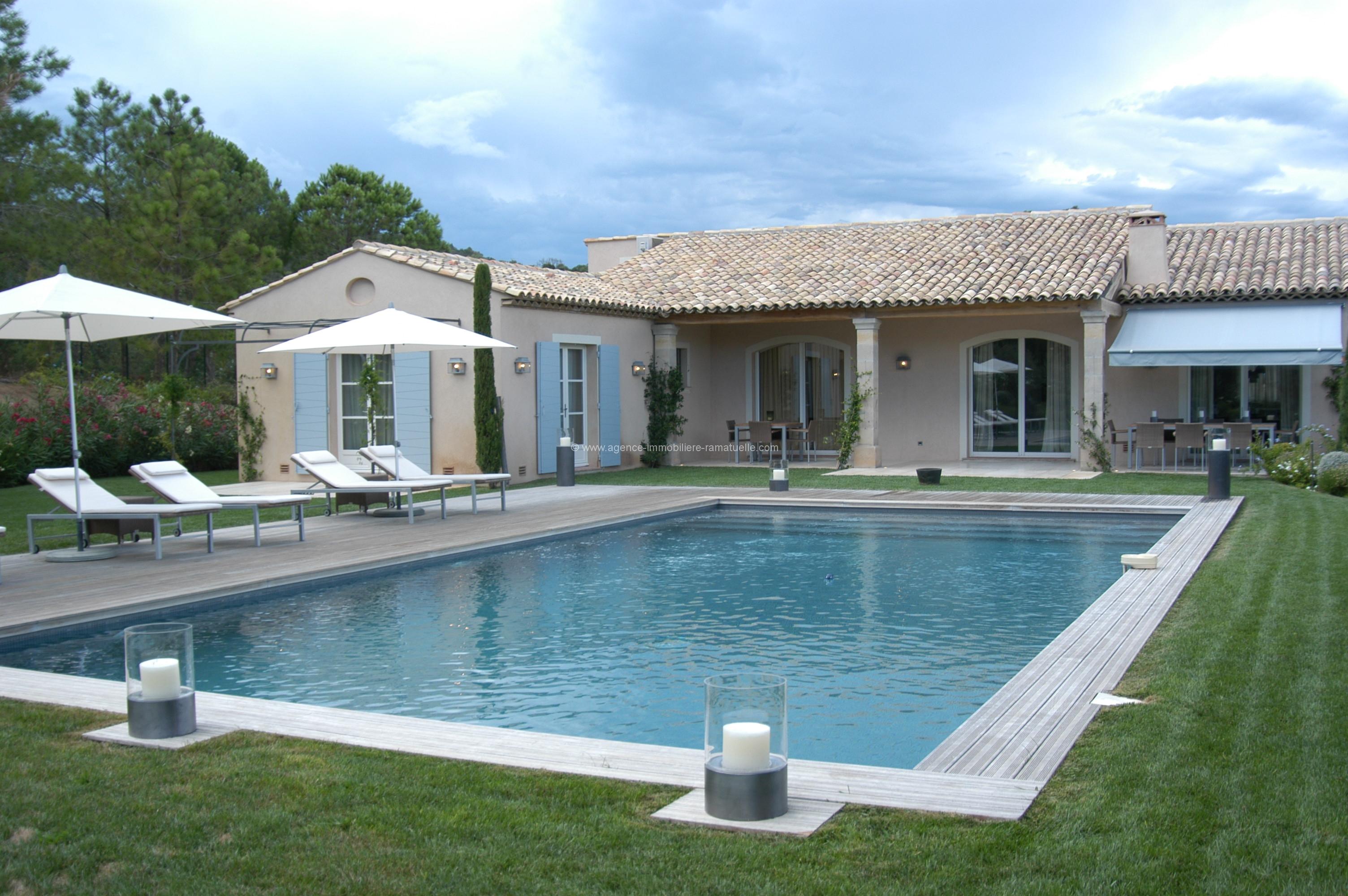 Magnifique villa entouré de vignes , Ramatuelle