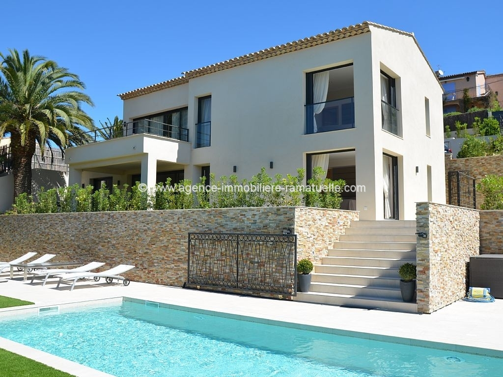 Villa renovated- Facing the Château de la Messadiere- Saint Tropez