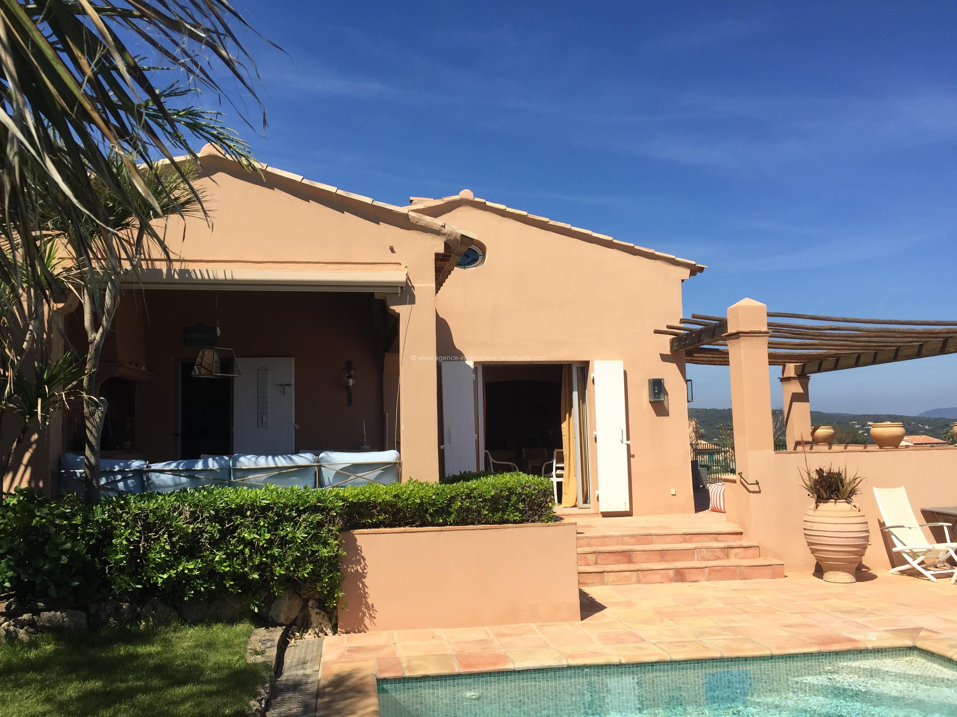 Maison de p cheur la bonne terrasse piscine et une vue for Agence immobiliere la terrasse