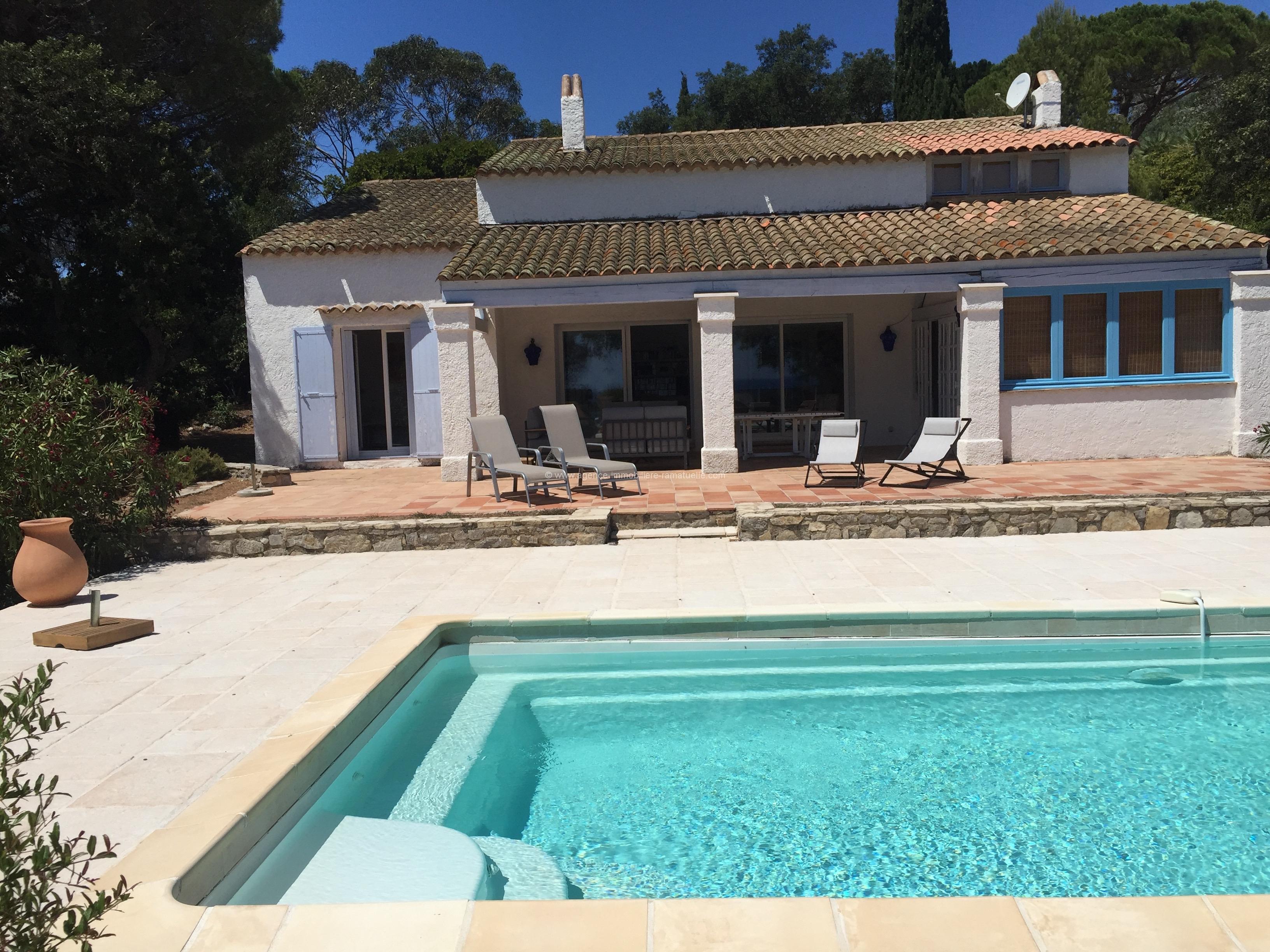 Villa de charme avec piscine ramatuelle agence - Agence immobiliere de la crau salon de provence ...