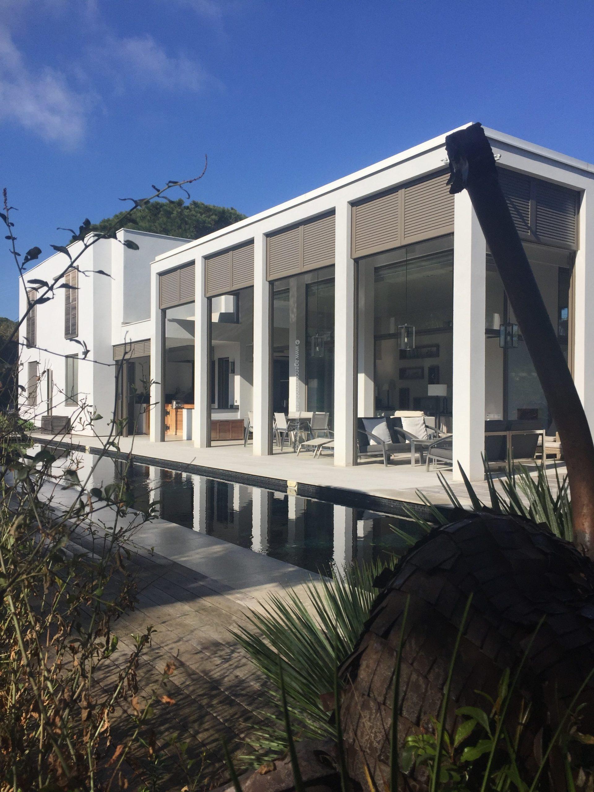 Villa neuve contemporaine à 200 m du Club 55 – Ramatuelle