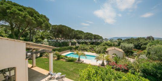 Villa Byblos – Domaine de la Capila  Plage à Pieds – Saint Tropez
