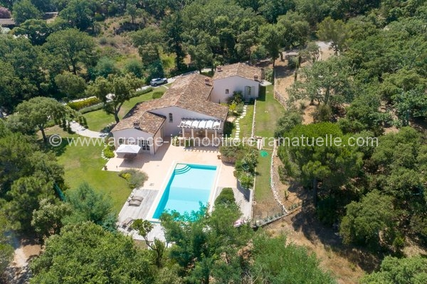 Charmante villa neuve, Ramatuelle