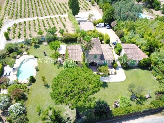 Magnifique maison provençale avec des vignes – Ramatuelle