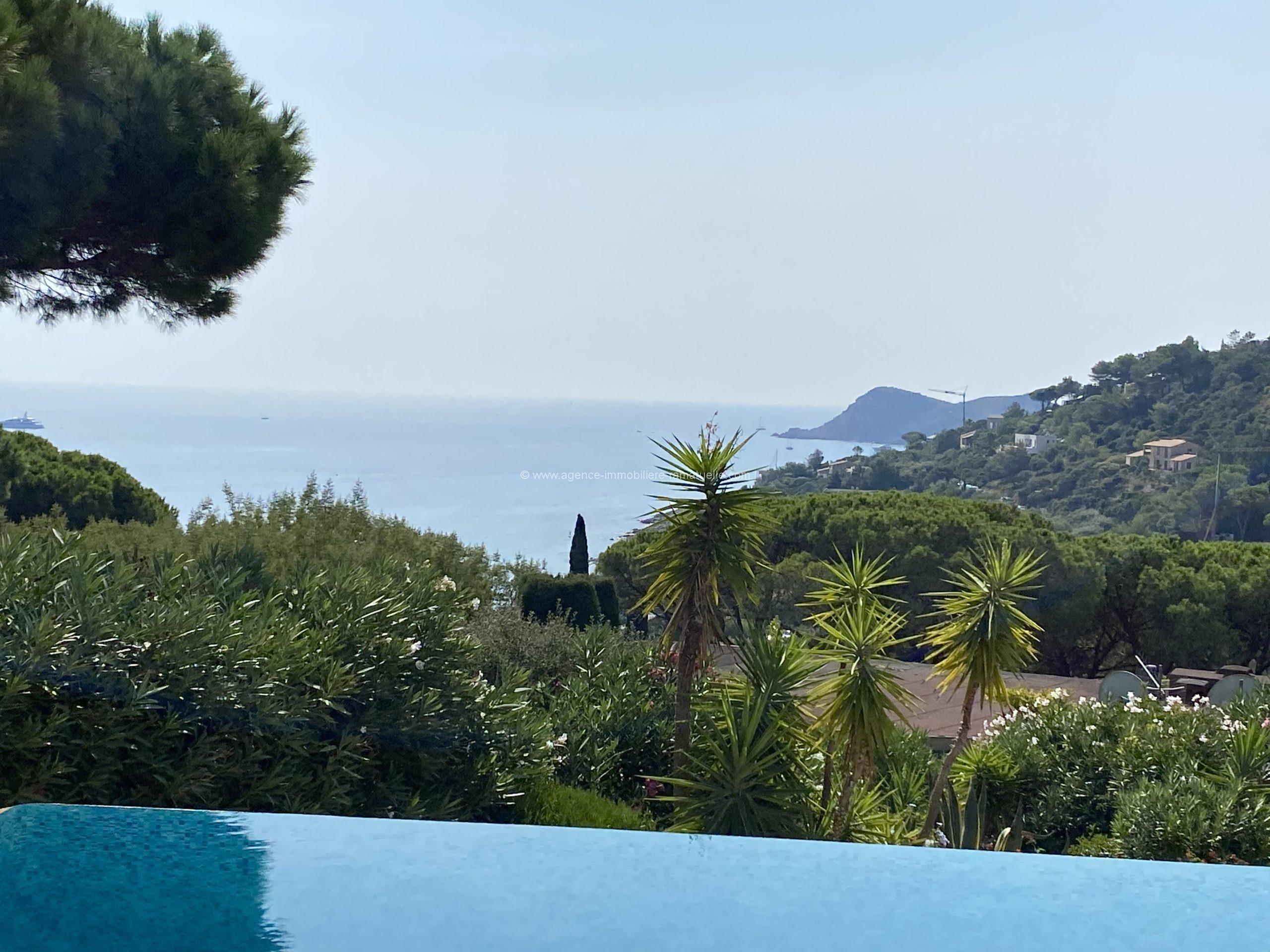 Belle villa avec magnifique vue mer et oriente plein sud – Ramatuelle