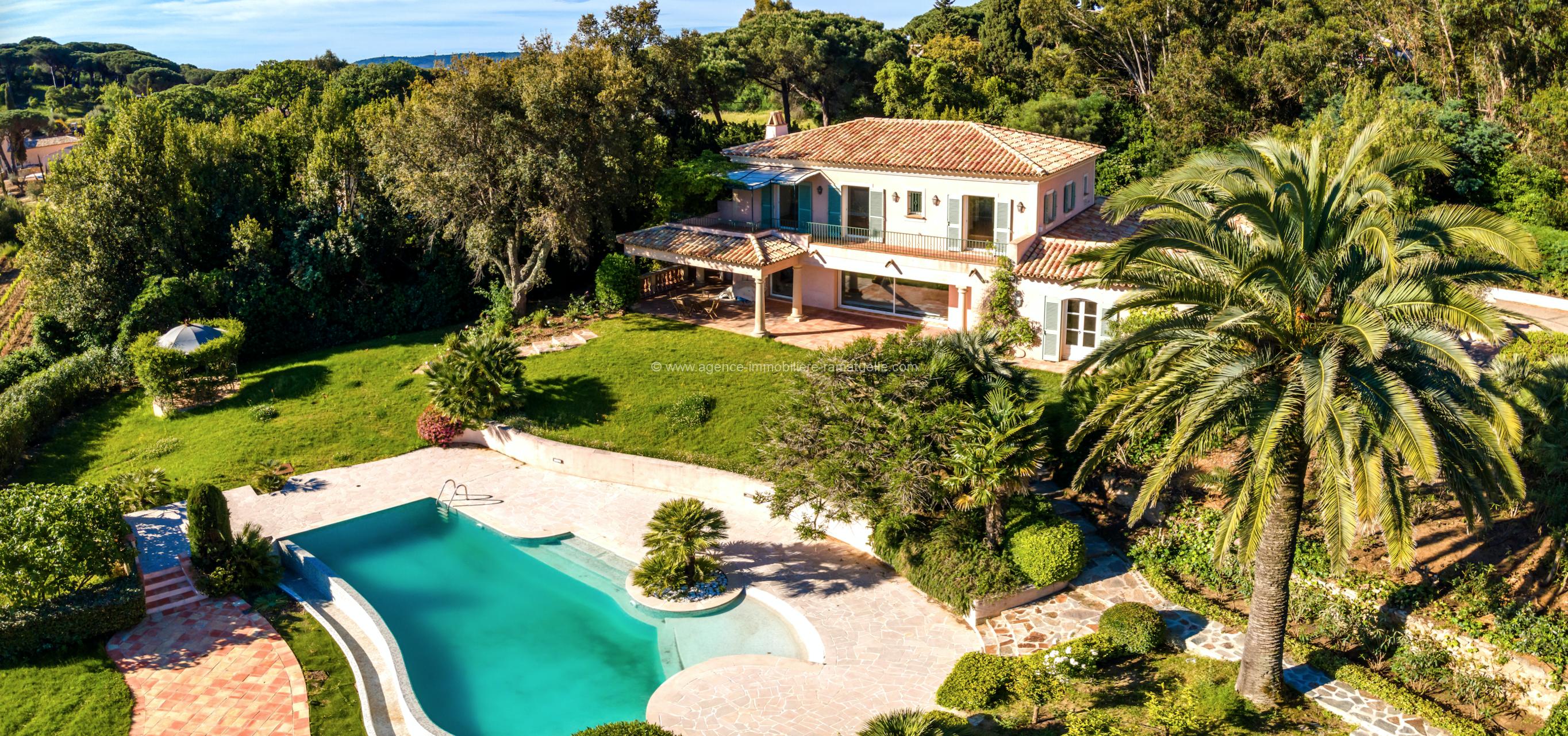 Très charmante  luxueuse villa  – La Belle Isnarde Saint-Tropez